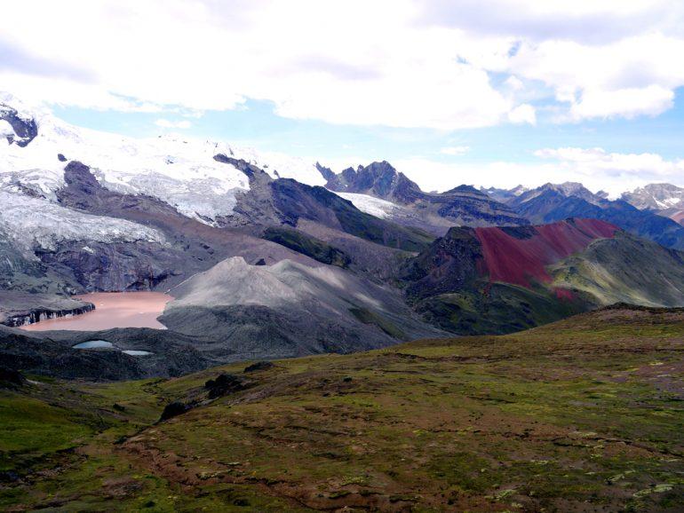 Ausangate-trek-scenery stingy nomads
