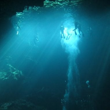 dive-cenote-the-pit-tulum-stingy-nomads