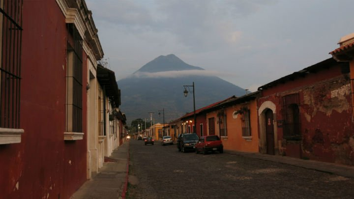 Volcano Agua behind the City Antigua