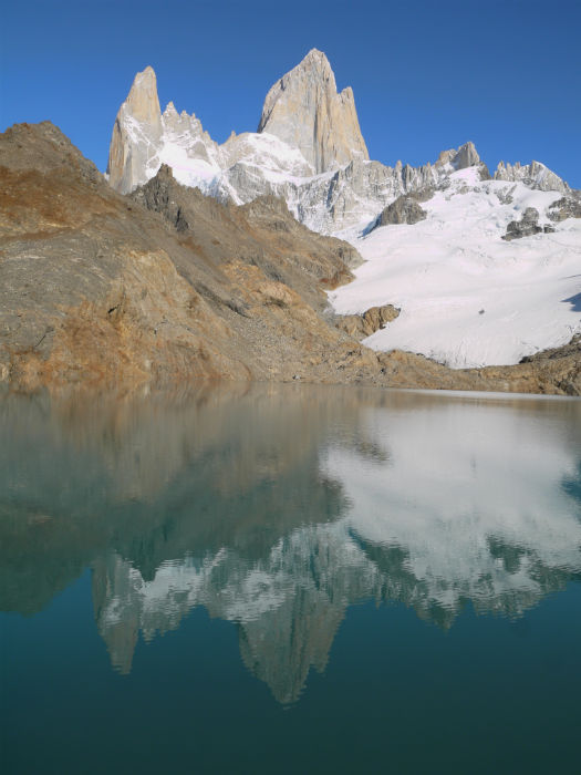 Laguna De Los Tres, we were luck to have a completely windless morning, allowing for a perfect reflection of the mountain in the lake. El Chalten trekking guide