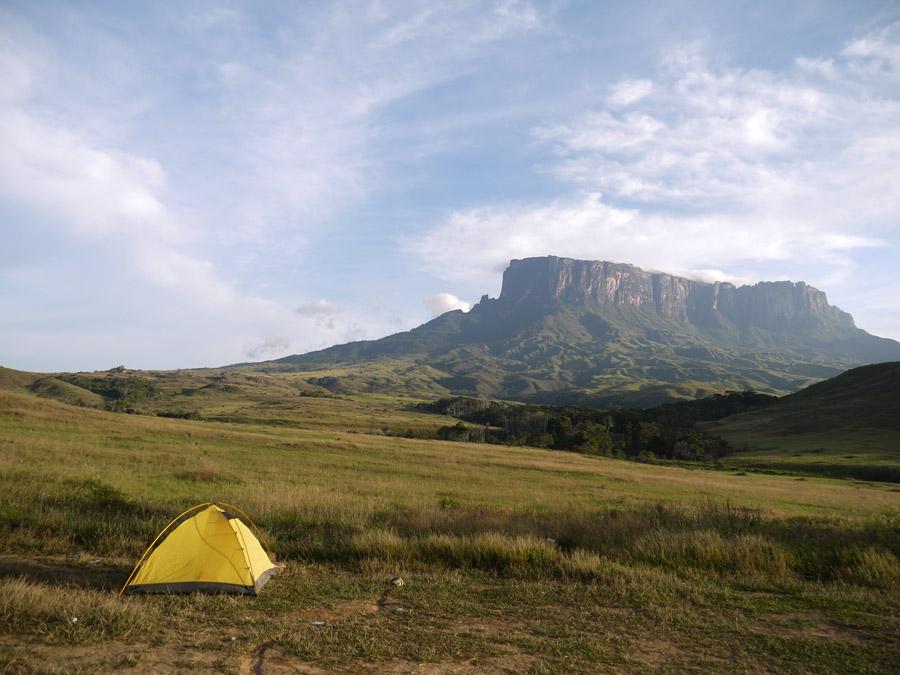 mount roraima trek camping