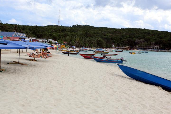 Long beach, Perhentian Kecil island guide