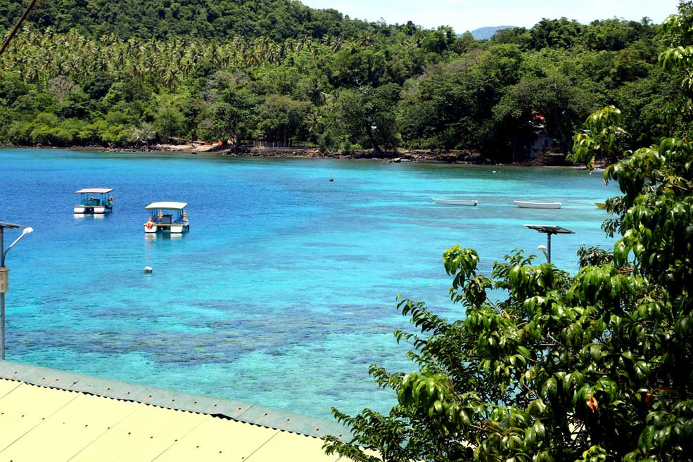 Iboih beach bay. Pulau Weh island guide