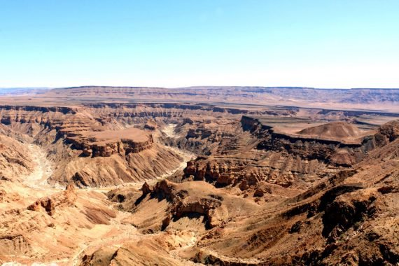 How to hike Fish River canyon in Namibia