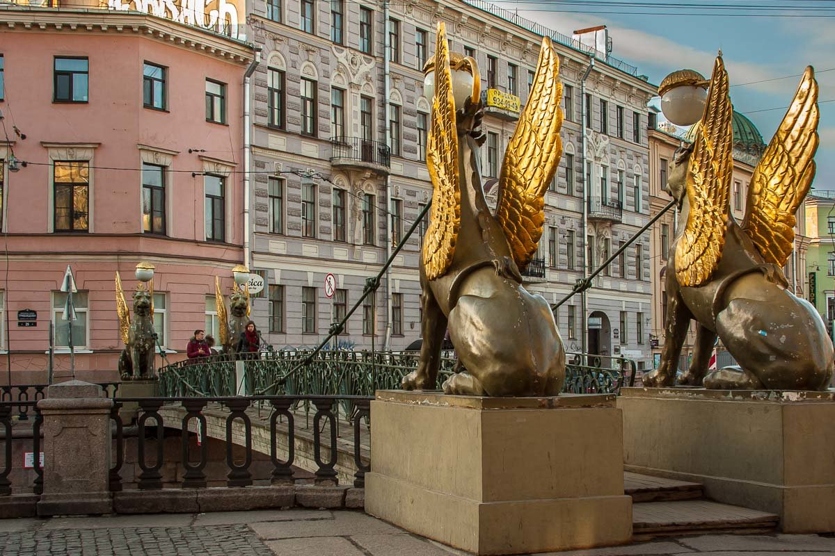 Bankovsky (bank) bridge with griffons, St.Petersburg