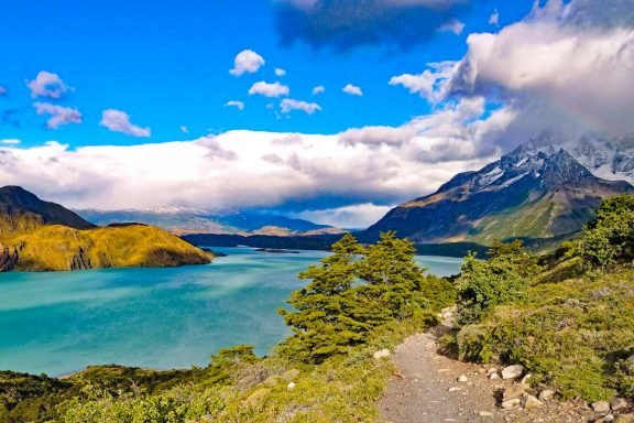 Scenery on the O Circuit in Torres del Paine