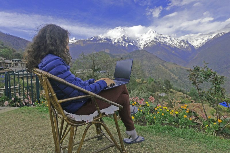 digital-nomad-stingy-nomads