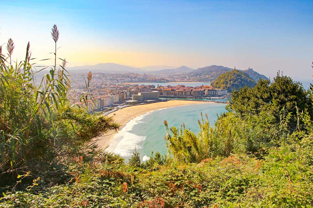 View of San Sebastian's beach and Ulleri Hill from the Camino route