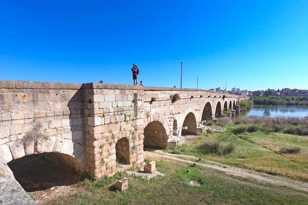 A big old Roman bridge at the entrance to Merida, a Spanish city on the Via de la Plata