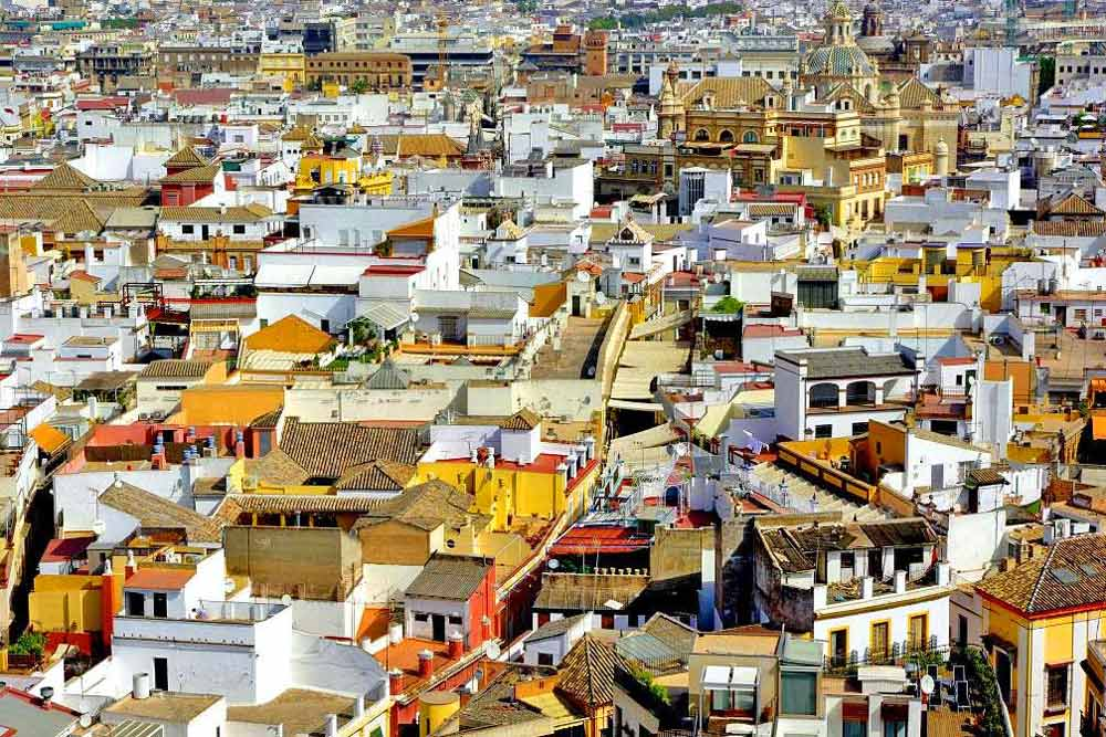 The old Santa Cruz barrio in Seville