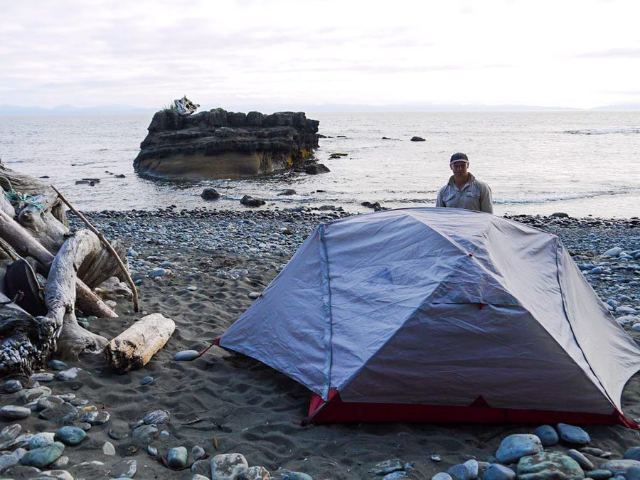 camping chin beach juan de fuca trail stingy nomads