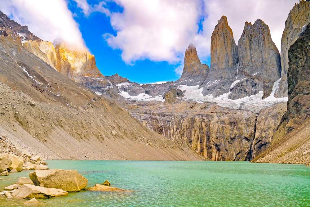 Laguna and Mirador Los Torres in Patagonia