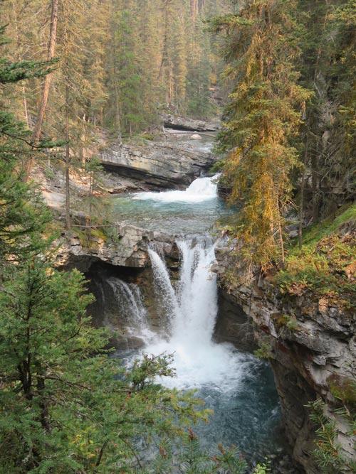 Hiking Johnston Canyon Banff