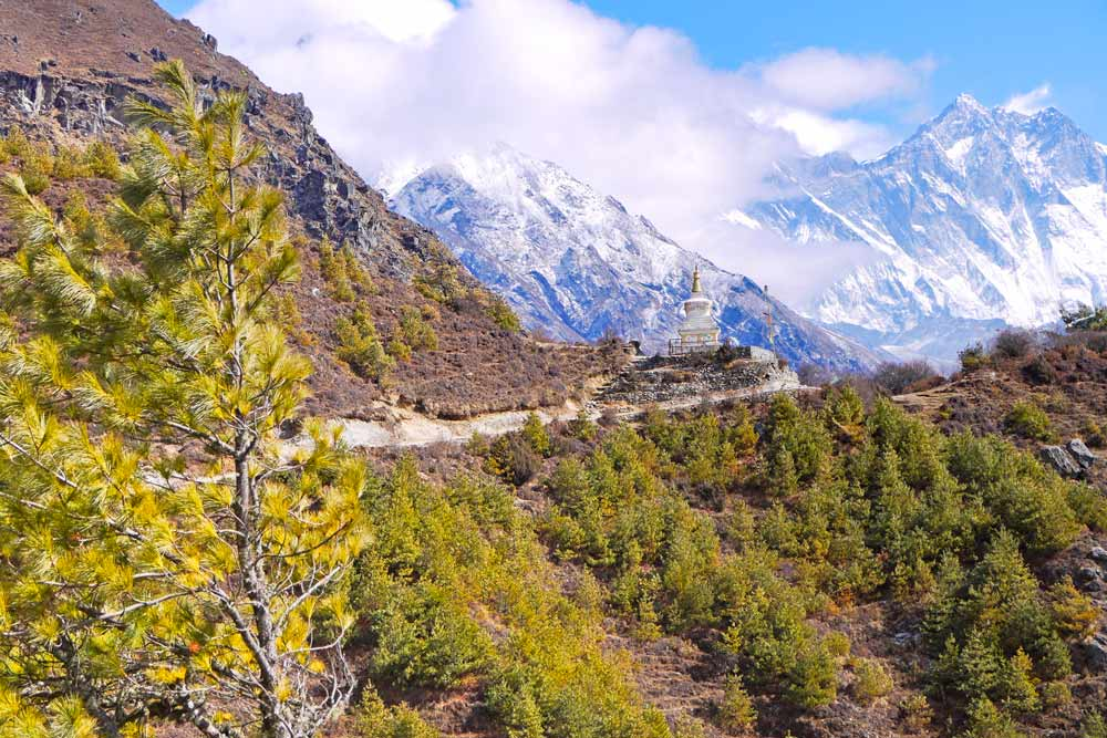Beautiful scenery on the way from Namche to Tengboche, day 4 of EBC trek