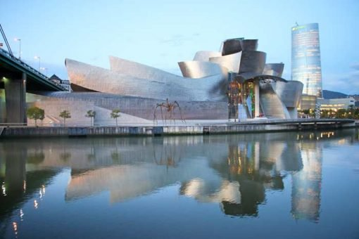 The Guggenheim Museum in Bilbao and its reflection in the river