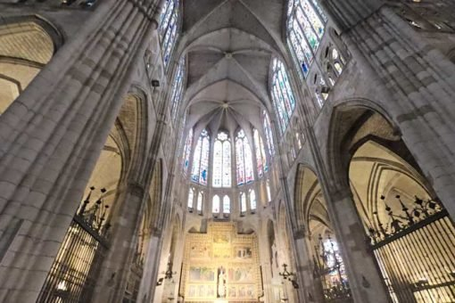 The impressive Cathedral of Leon from the inside; the golden altar and many colorful stained glass windows