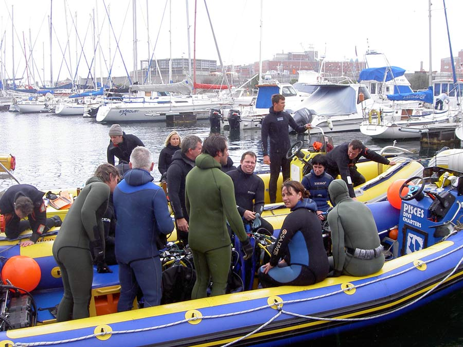 Boat Dive launcing from Millers Point in Simon's Town.