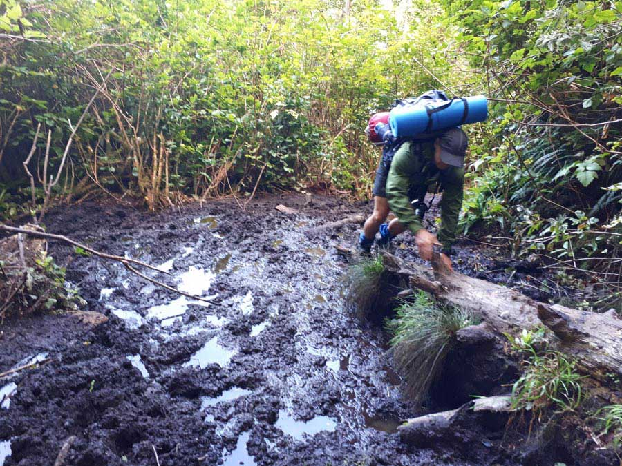 mud hiking juan de fuca marine trail